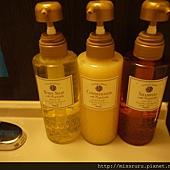 洗頭沐浴用品.JPG