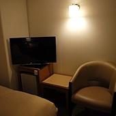 小沙發與電視.JPG