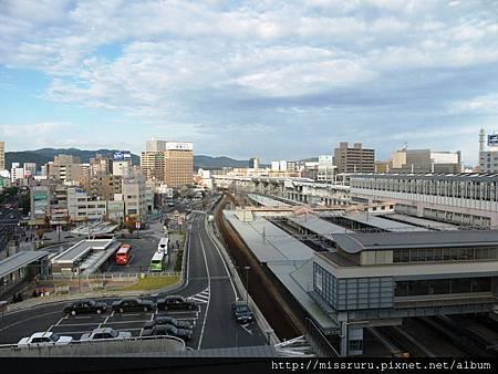 飯店大廳旁的風景.jpg