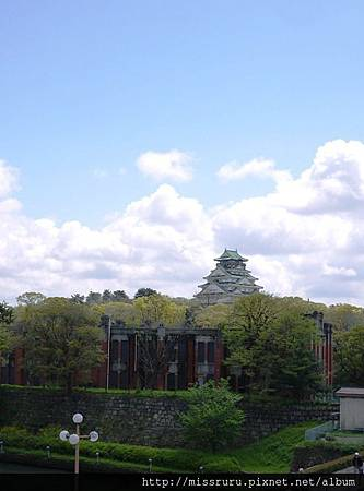 朝大阪城前進.JPG