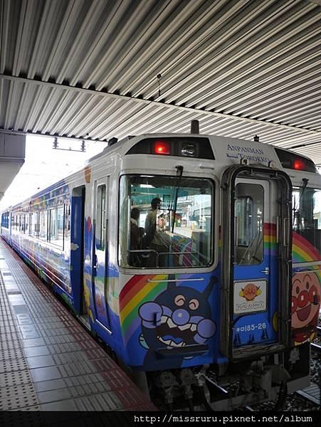 麵包超人小火車-車頭.JPG