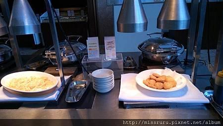 早餐-可樂餅.JPG
