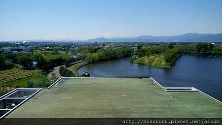 飯店窗外-可看到札幌巨蛋.JPG
