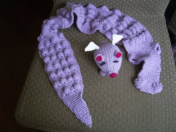 鱷魚圍巾+飛天豬