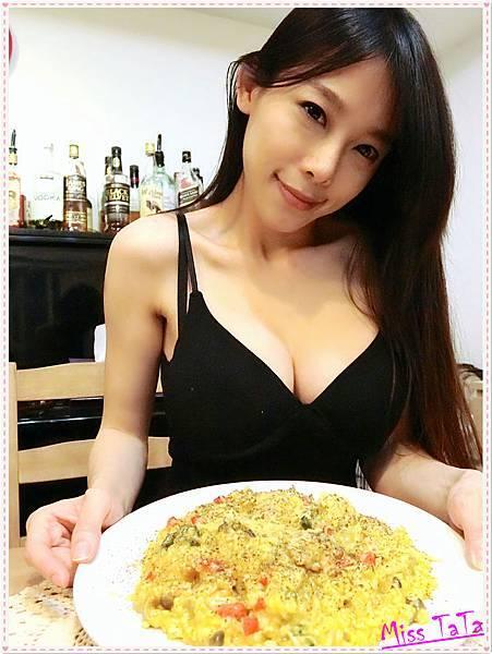 0427_南瓜雞肉燉飯上菜1
