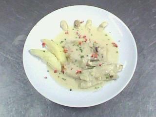 西餐-奶油洋菇鱸魚排附香芹馬玲薯 (2).jpg