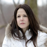 mary_louise_parker_in_a_scene_from_red__4cc11a8957
