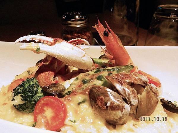 焗烤地中海海鮮燉飯4