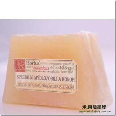 菠丹妮小麥草手工皂3