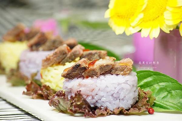 彩米肉片飯糰-佐泰式酸辣醬.jpg