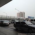 虹橋機場外的奇觀