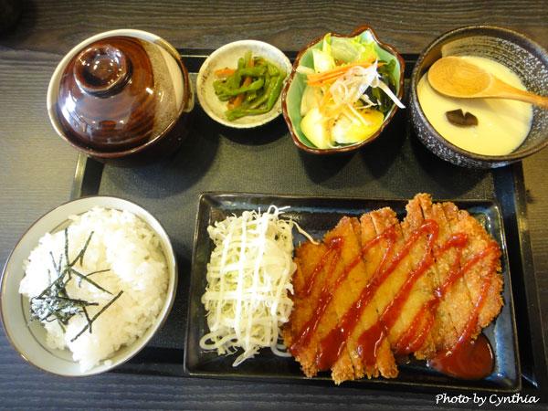 澤の料理-勝丼定食