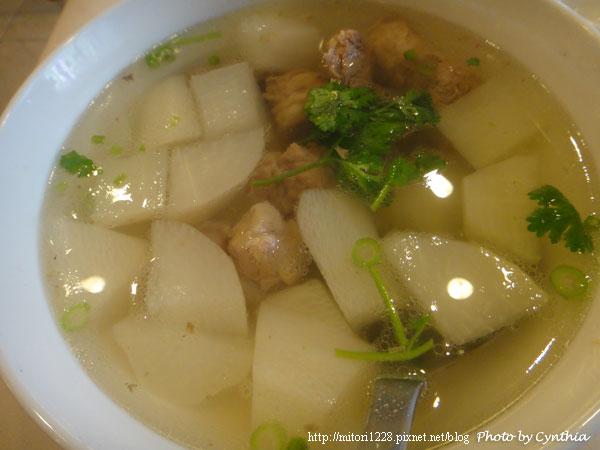 大板根-蘿蔔排骨湯