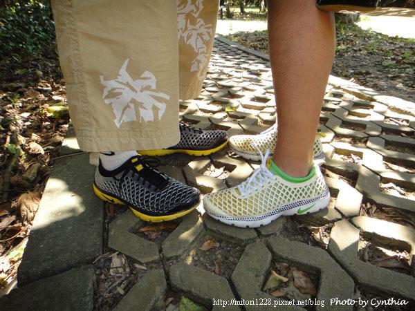 鵝鸞鼻燈塔-情侶鞋