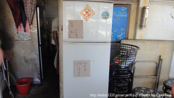 紅柴坑愛玉海產店-放碗筷的冰箱
