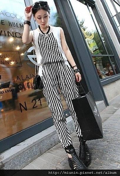 黑白豎條紋撞色無袖連體褲1.jpg