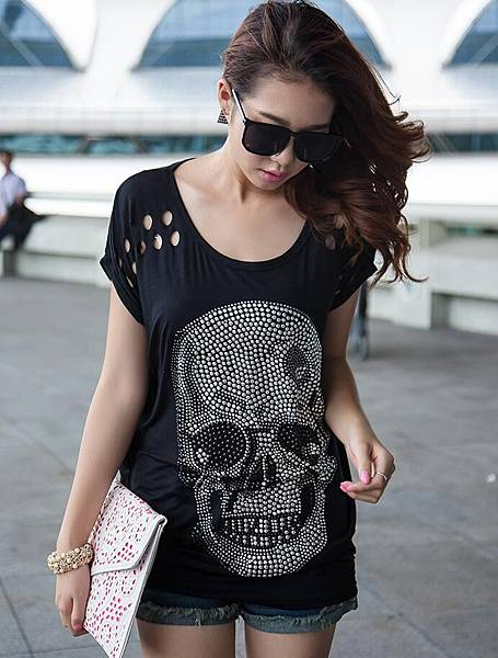 大碼寬松長版女款骷髏貼鑽T恤5.jpg