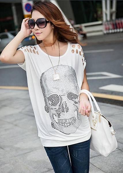 碼寬松長版女款骷髏貼鑽T恤3.jpg