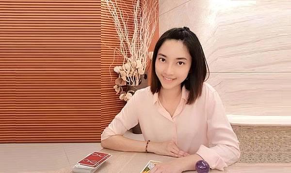 台中催眠老師推薦 清水催眠黃瑄老師00-min.jpg