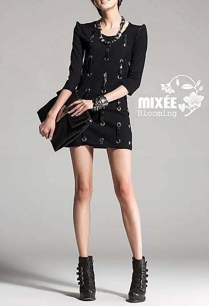 SP0011 Girl Rock露背皮帶造型連身裙 $1190 免運