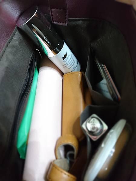 包包內.jpg