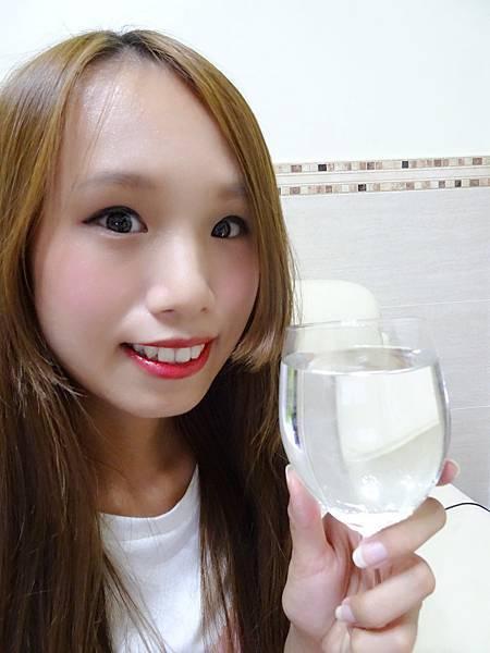 SKY007-超顯色Q彈水潤持久唇露 (15).jpg