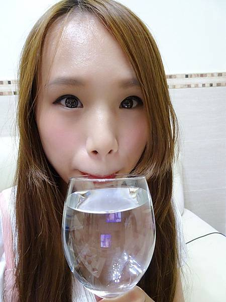 SKY007-超顯色Q彈水潤持久唇露 (16).jpg
