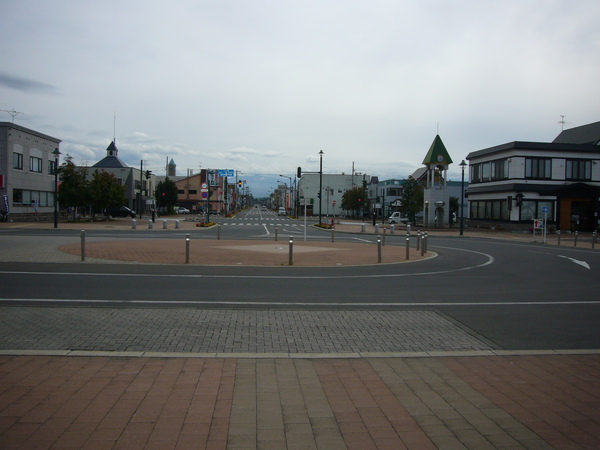 我來到美瑛的第一天 站前風光.JPG