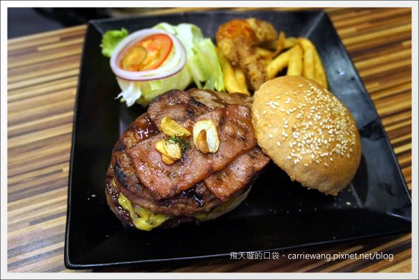 Echo Burger (26)