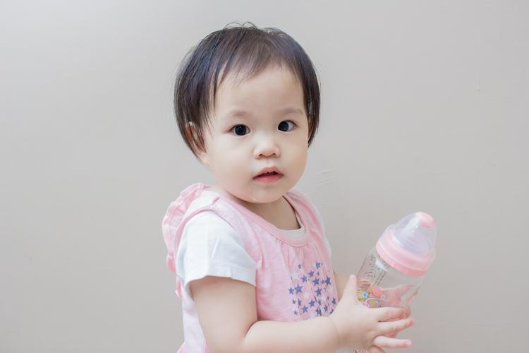 201907蘿蔓晶鑽玻璃奶瓶-9.jpg