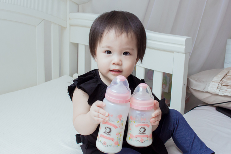 201907蘿蔓晶鑽玻璃奶瓶-25.jpg