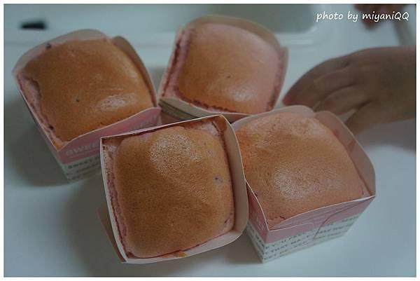 粉紅色蛋糕.jpg