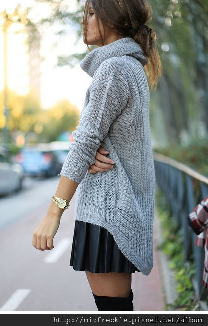 Cozy-knit-and-pleated-skirt