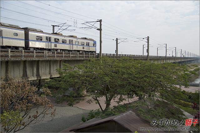 高雄舊鐵橋溼地公園_8.jpg