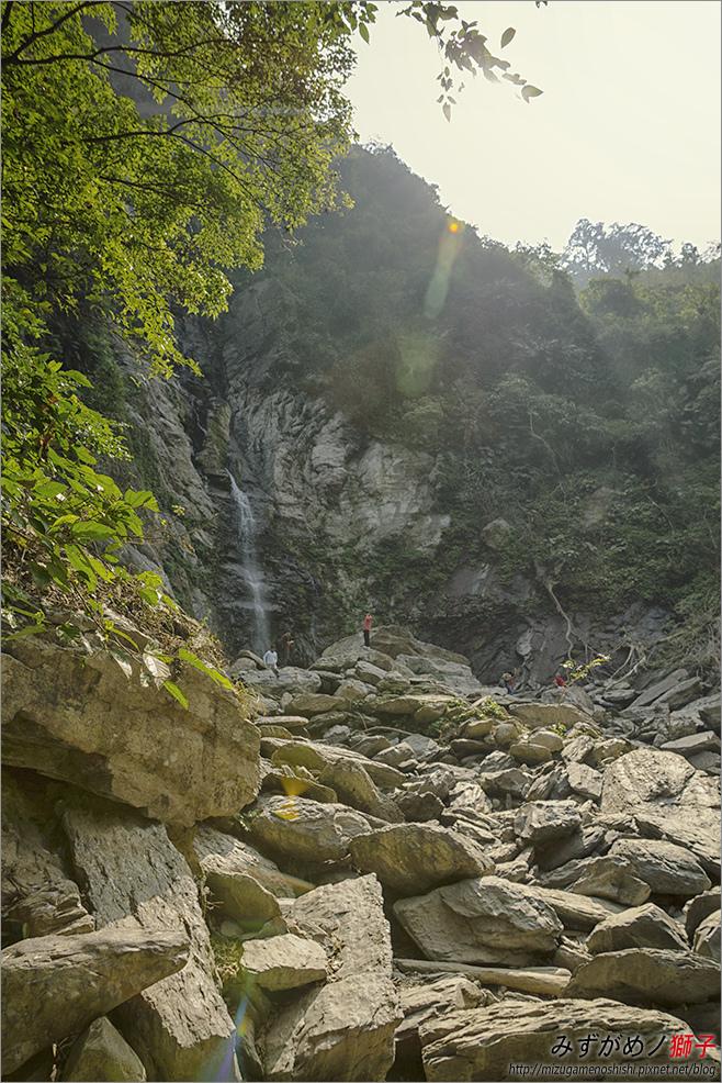 涼山瀑布_32.jpg