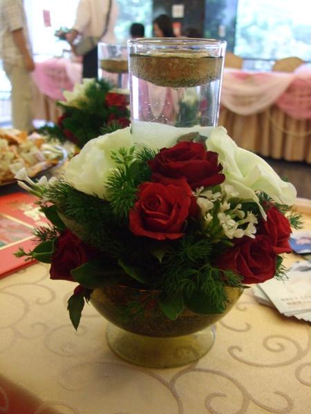 婚禮佈置的紅玫瑰