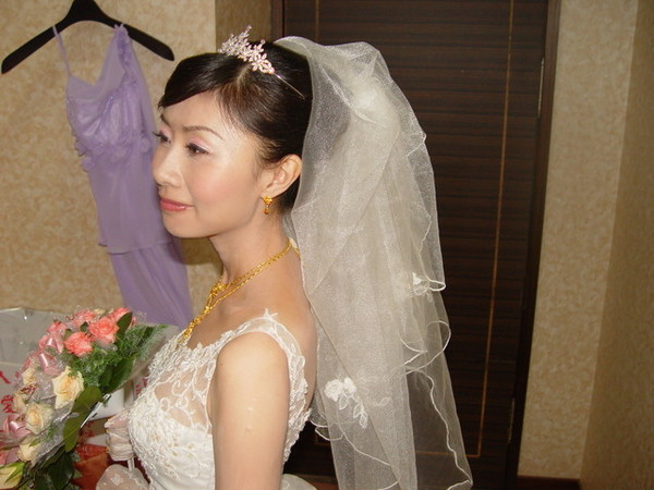 柔情似水的新娘子