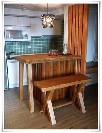 原木吧檯桌椅-1.jpg