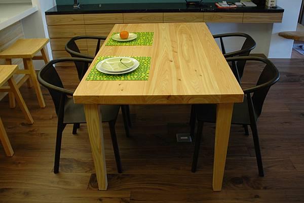 日本檜木餐桌04