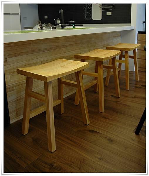日本檜木吧檯高腳椅03
