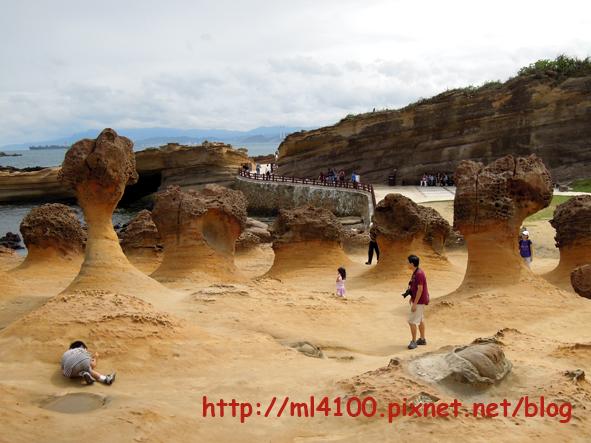 蕈狀岩.JPG