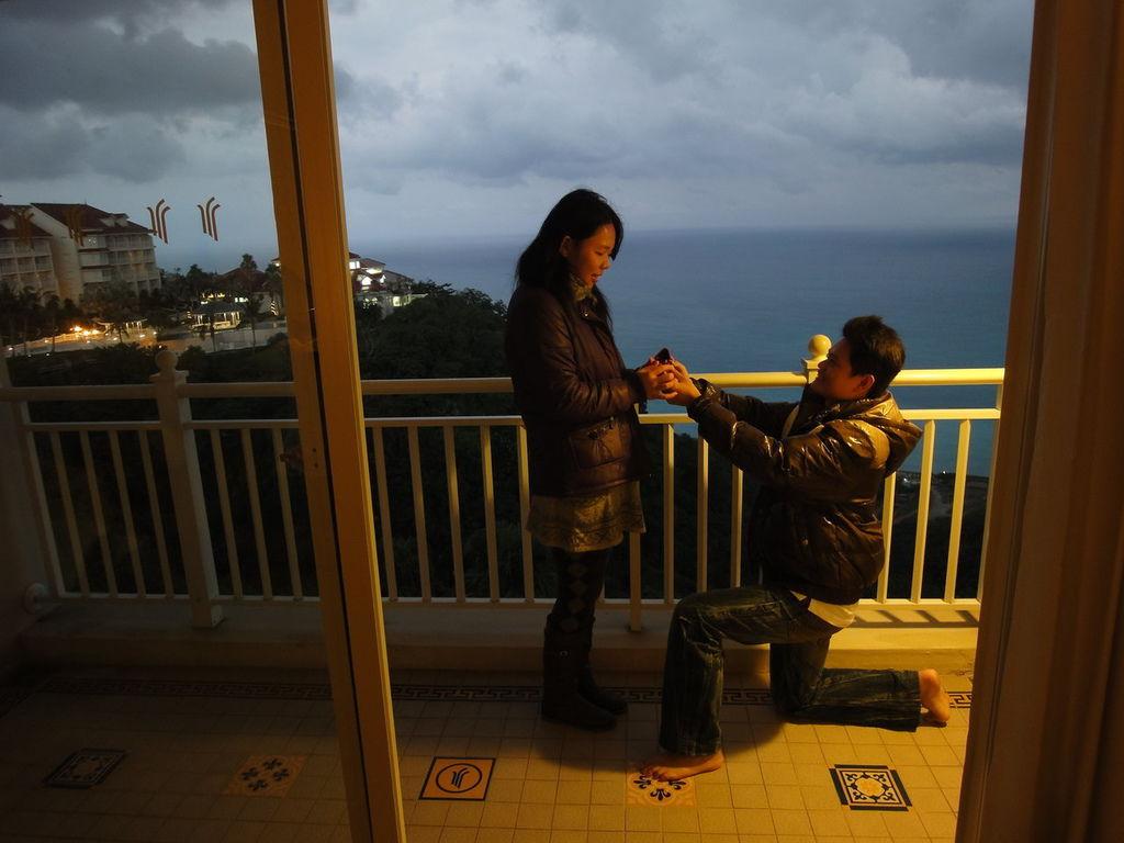 2010.12.24聖誕夜 , 在花蓮遠雄悅來跟老婆求婚