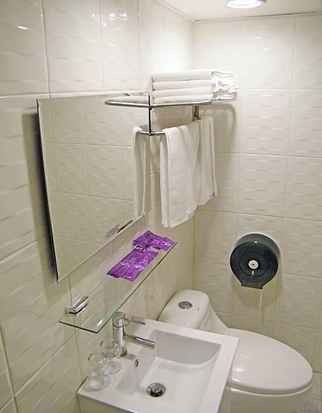 簡約時尚衛浴