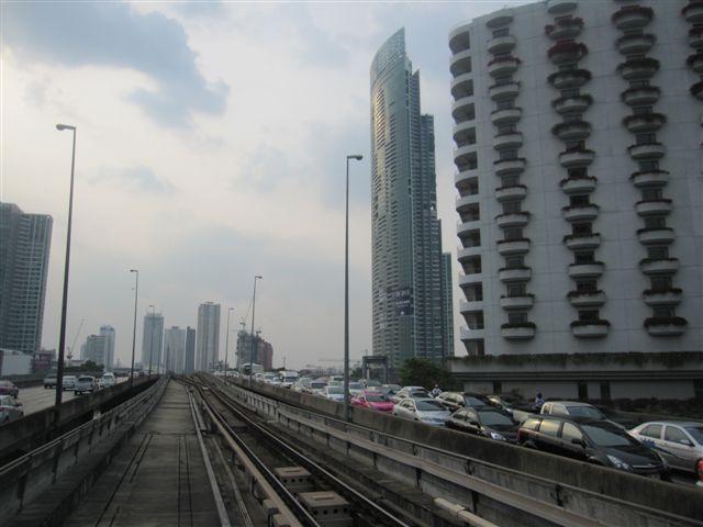 曼谷許多建築物也頗時尚