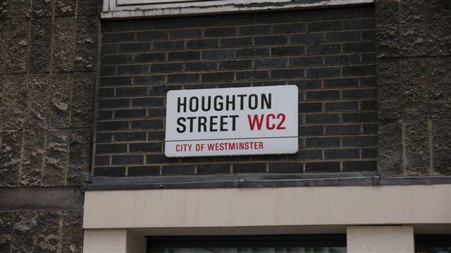 LSE的地址 Houghton Street
