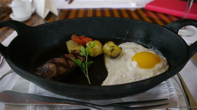 早餐, 也是每個人都會拍的牛排蛋