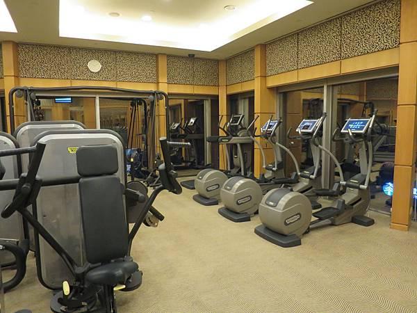 以飯店的規模來說,健身房偏小不過精緻