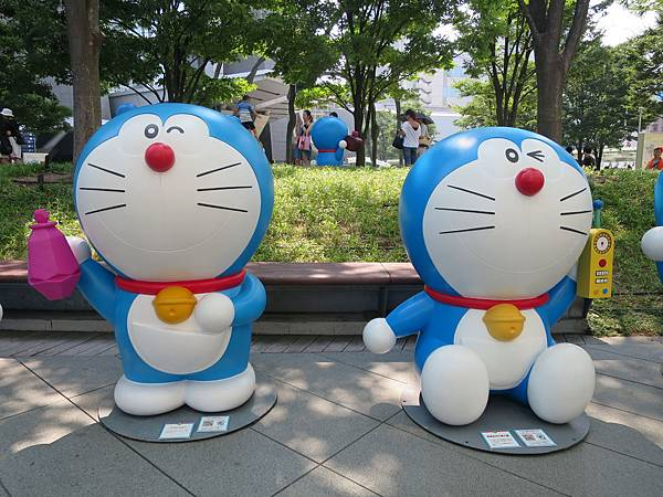 哆啦A夢x2