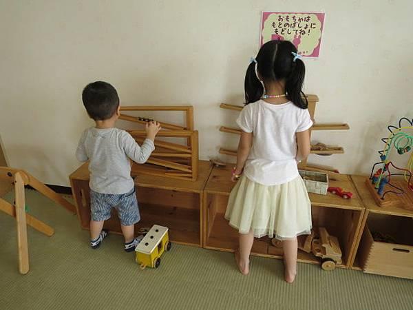 木製玩具區