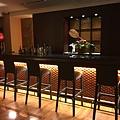Lounge & Bar 水のテラス